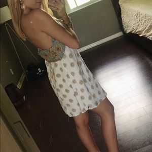 Backless sun dress